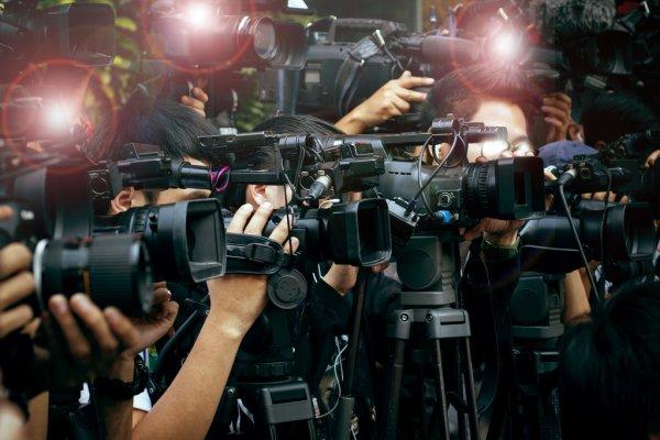Даня Милохин ответил на агрессию в свой адрес. «Мы не хотим испортить ваших детей». Видео