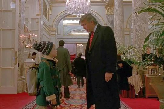 Маколей Калкин поддержал идею вырезать Трампа из фильма «Один дома 2»
