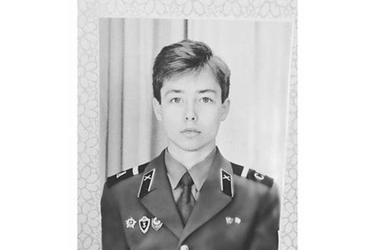 Сергей Зверев шокировал соцсети армейским снимком