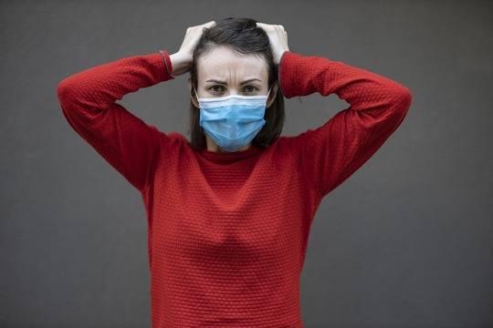 Ученые выяснили, что переболевшие COVID-19 могут быть заразными