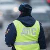 Омские инспекторы чинили на трассах «жигули» и КамАЗ