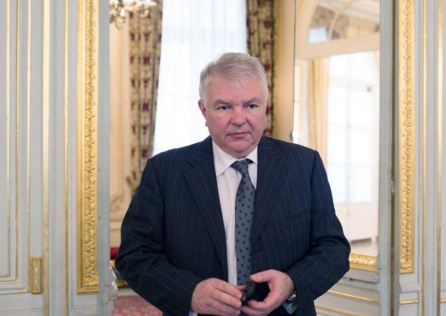 Посольство РФ в Париже назвало демаршем вызов Мешкова в МИД Франции
