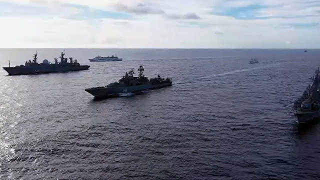 Daily Express (Великобритания): грозная группа, состоящая из 40 российских самолетов и кораблей, «пугает Запад» своими военными учениями в Тихом океане
