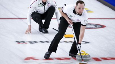 Российские кёрлингисты одержали десятую победу на ЧМ, обыграв Шотландию