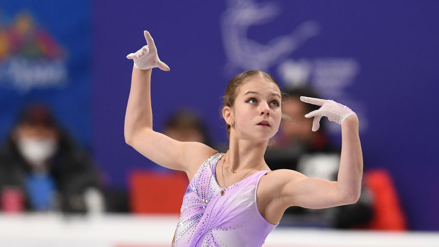 Трусова сорвала каскад в короткой программе на чемпионате мира