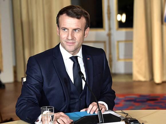 Более половины французов уверены в победе Макрона на выборах