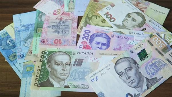 Долг граждан Украины за коммунальные услуги достиг 2,4 млрд долларов