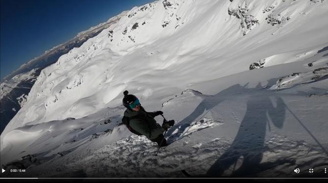 Альпы, братья, и лавина - накрыла. Видео изовне и из под.