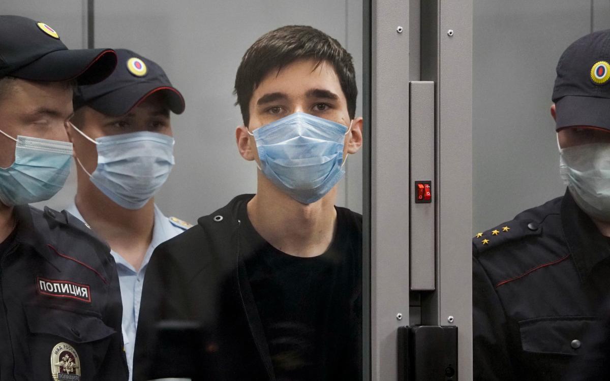 Эксперты объяснили, как казанского стрелка могут отправить лечиться