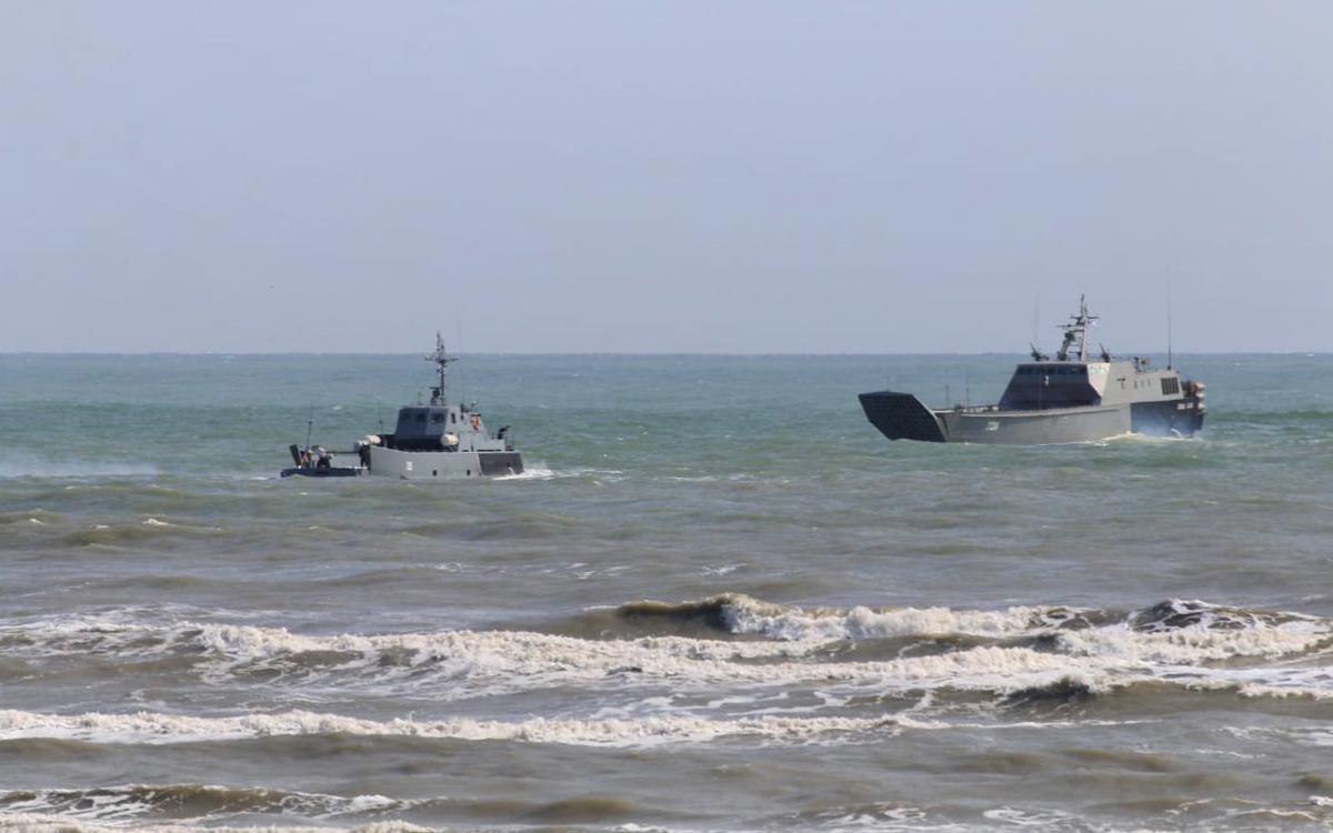 Катера Каспийской флотилии начали переход в Черное море