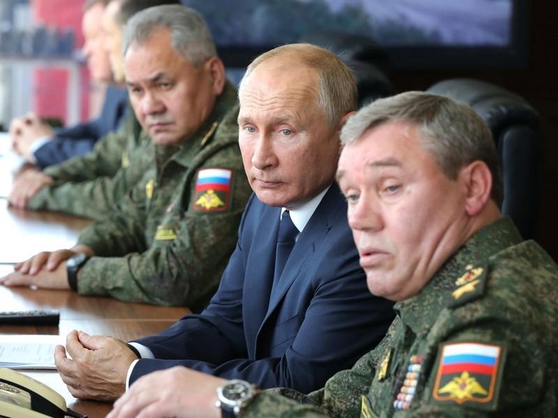 Валерий Соловей: Путин может запросить у Совфеда разрешение использовать армию за пределами РФ