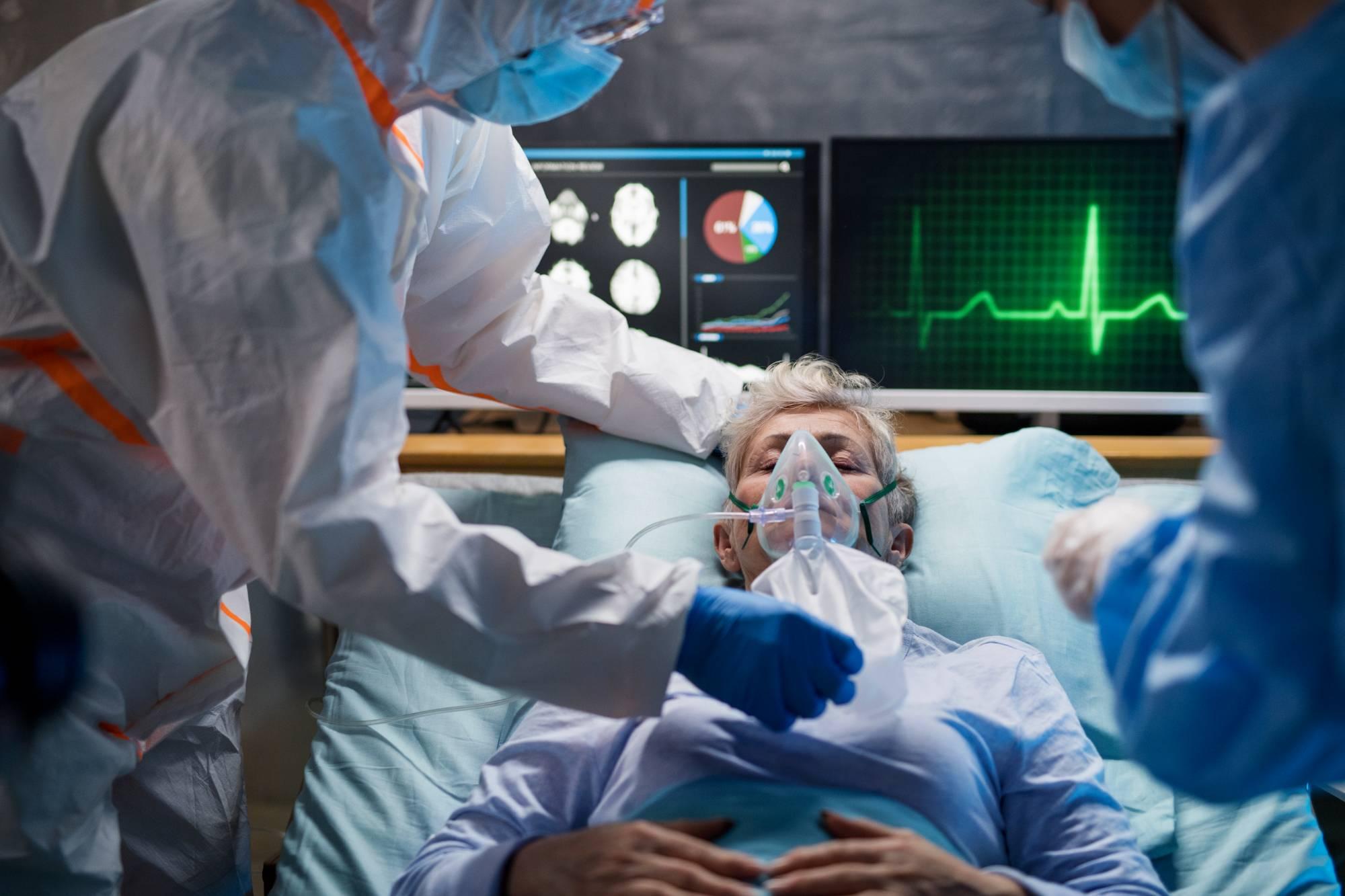 'Без раздумий в больницу': С какими анализами нужно срочно вызывать скорую